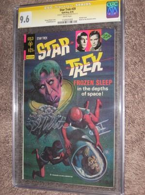 STAR TREK 39 Gold Key CGC 96 SS Signed William ShatnerCaptain Kirk 1976
