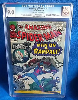 Amazing Spiderman  32 CGC 90 OWW pages VFNM