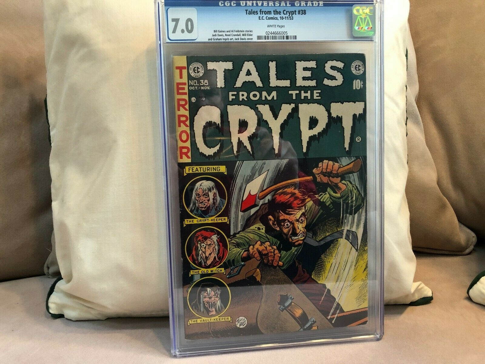 TALES FROM THE CRYPT 38 CGC 70
